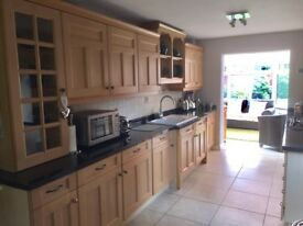 4 BED DETACHED HOUSE FOR SALE. 15 MINUTES FROM CARDIFF