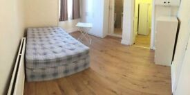 amazing studios in front finsbury park station!! all bills inc