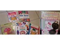 Hello Kitty Cake Pop Maker BNIB and Children's Party Cake Books EXCELLENT CONDITION £5