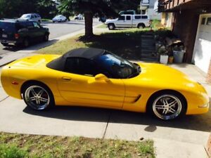 2002 CHEV CORVETTE CONVERTIBLE W/SUPERCHARGE ENG LOW KM LIKE NEW