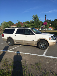 2007 Ford Expedition Eddie Bauer MAX SUV, Crossover