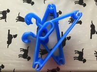 CHILD CLOTHES HANGERS X 16