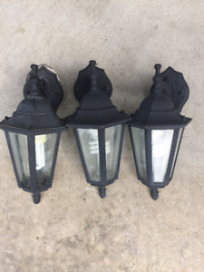 3 Black Outdoor Lights