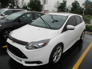 2014 Ford Focus ST! LEATHER! NAVIGATION! SUNROOF! $66/WK, 4.74%