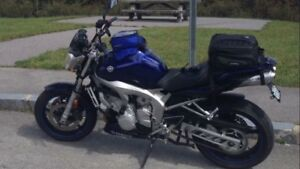 2004 Yamaha FZ6 with naked street fighter kit