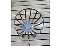 4 cast iron hanging baskets