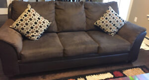 Three seater sofa like new - for sale