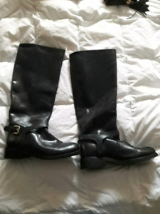 Size 8 black leather riding boots