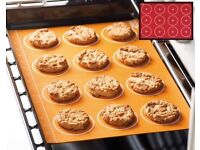 Set of 2 Silicone Cookie Sheets (L41.9 x W29.5cm) (NEW)