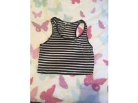 Black and white cropped top new look size 10