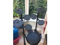 Electric drum kit Yamaha DTX400K
