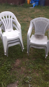7 lawn chairs plastic
