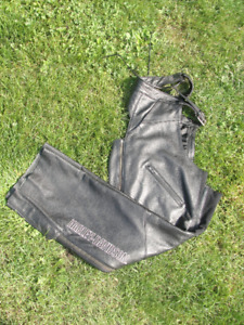 Harley Davidson Women's Deluxe Leather Chaps