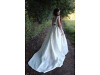 Beautiful Classic Wedding Dress, size 12 very elegant and comfortable