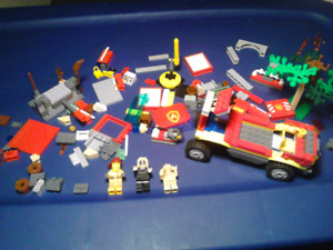 284 PIECES REAL AUTHENTIC LEGO ALSO CALLED TOY LEGOS