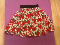 Floral (roses) elasticated waist , size S