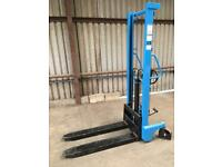 FORKLIFT TRUCK - 1 Tonne rated, lifts to 1.6 metres high. Manual truck Not gas or petrol