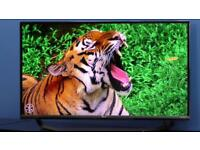 """LG 40"""" Smart Ultra HD 4K LED TV with WebOS 2.0, Built-in Wi-Fi & Freeview HD Immaculate condition"""