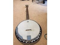 TANGLEWOOD BANJO, 5 String, with soft padded case