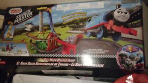 Thomas and friends Shy High Bridge Jump Train Set