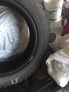 Winter Tires 215/55 R17 GT Radial Champiro Ice Pro Studded