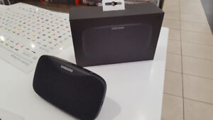 Samsung Level Box Slim Bluetooth Speakers brand new