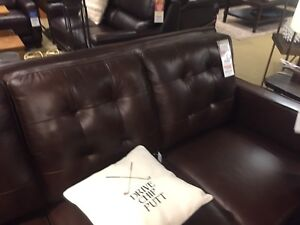 Brand new lazy boy leather sofa (not recliner)