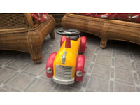 Great Gizmos - Yellow And Red Child's Kids Speedster Ride On Car (1+ Years) Toy