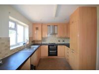 3 bedroom house in Rochford Way, Croydon