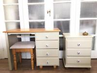 DRESSING TABLE+BEDSIDE CHEST FREE DELIVERY LDN🇬🇧