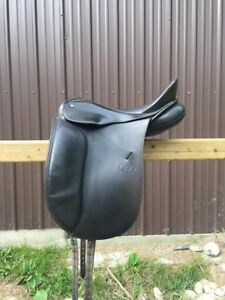 "Schleese JES Elite 17.5"" Dressage Saddle"