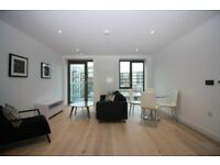 ROYAL DOCKS E16 - 2 Bedroom BRAND NEW Luxury Apartment, Master En-Suite, 24hr Concierge,