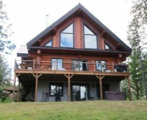 Spectacular Chalet 7 minutes to Mont-Tremblant  & Ironman Start