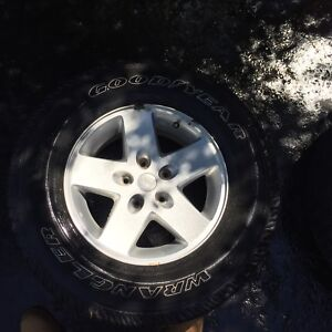 Jeep Wrangler Wheels and Rims (265/70 R17) + White Jeep Grille