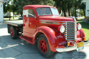 EXTREMELY RARE! 1948 Diamond T Model 201 ONE OWNER!