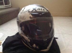 Casque de moto XLITE