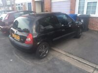 Renault Clio 16v for sale Low Millage, Black, 12 Months MOT,Recently had new tyres fitted.