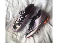 Football boots - Size 7