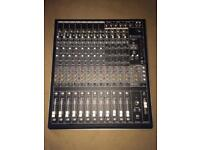 Mackie onyx 1620i mixing desk