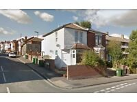One Bedroom Flat available in Portswood Road, Portswood for £ 525 Per Month - Now
