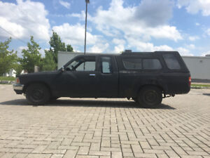 Efficient and reliable 1990 Toyota Pickup