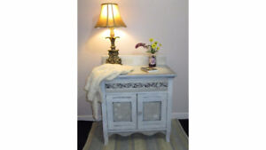 Table chevet nuit Nightstand Meuble Chambre Bedroom Lyssjart