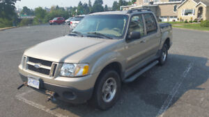 2005 Ford Explorer Sport Trac xlt  4x4 with Snow Plow