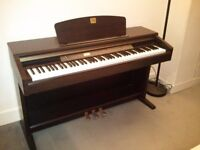 YAMAHA CLAVINOVA CLP-120 DIGITAL PIANO IN GREAT CONDITION, FULLY WEIGHTED KEYS AND 3 PEDALS