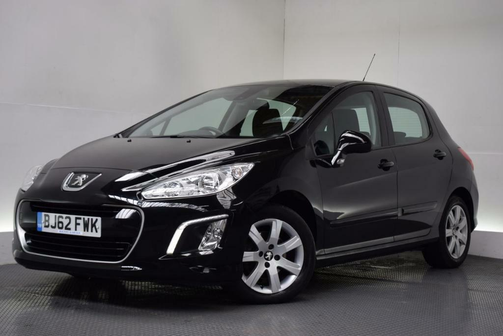 peugeot 308 1 6 hdi active 5d 92 bhp black 2012 in hilton derbyshire gumtree. Black Bedroom Furniture Sets. Home Design Ideas