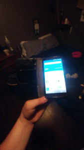 LG G3 PERFECT CONDITION WITH KOODO/TELUS 70$$