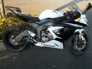 Kawasaki Ninja ZX6R White 636 with Two Brothers Exhaust - 2013