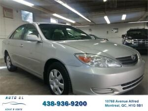 ***2004 TOYOTA CAMRY LE***AUTO./4 CYLINDRES/A.C/DEMARREUR
