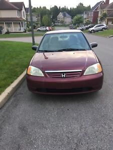 Honda civic 2003 1800$