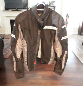 Motorcycle Jacket Men's size SM.